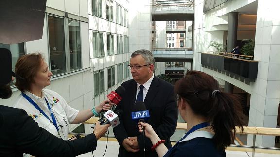 minister transportu pakiet mobilnosci